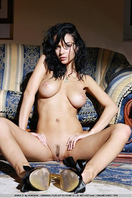 met art nude Jenya